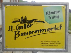 Verkauf auf dem Bauernmarkt 2019 @ Marktplatz beim Vadiandenkmal   Sankt Gallen   Sankt Gallen   Schweiz